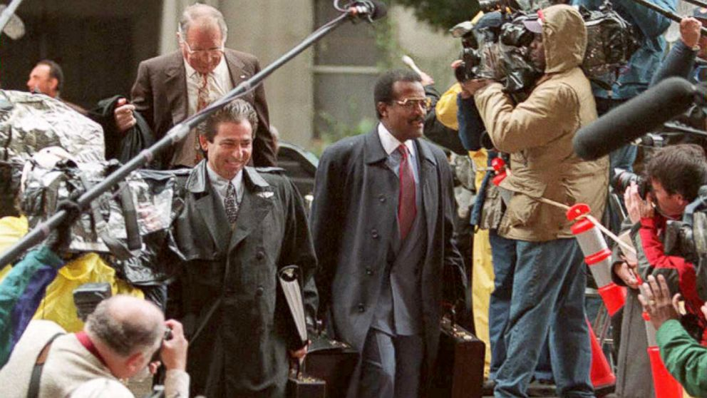 Defense attorneys Johnnie Cochran and Robert Kardashian arrive for the opening statements in the O.J. Simpson double murder trial in Los Angeles, Jan. 24, 1995.