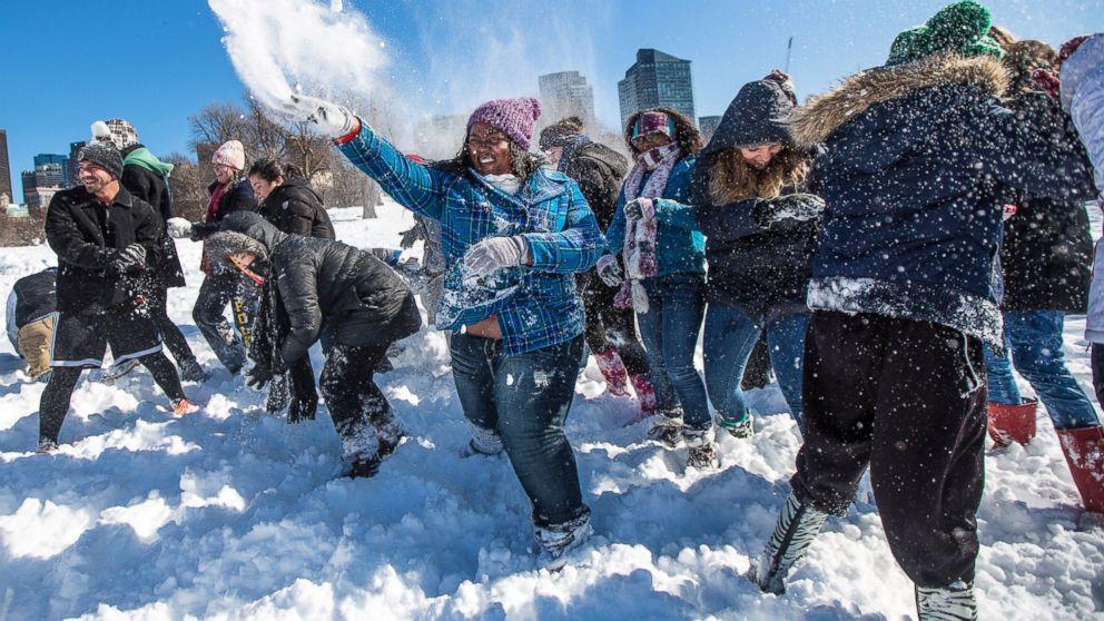 Рабочий, игра в снежки картинки прикольные