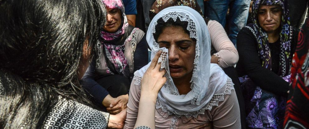 PHOTO: Women cry during a funeral for victims of the attack on a wedding party that left 50 dead in Gaziantep in southeastern Turkey near the Syrian border, Aug. 21, 2016.