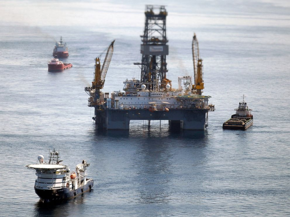 deepwater horizon oil spill how officials are working to prevent