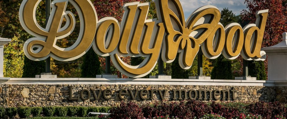 PHOTO: The entrance to Dollywood is viewed on October 18, 2016 in Pigeon Forge, Tennessee.