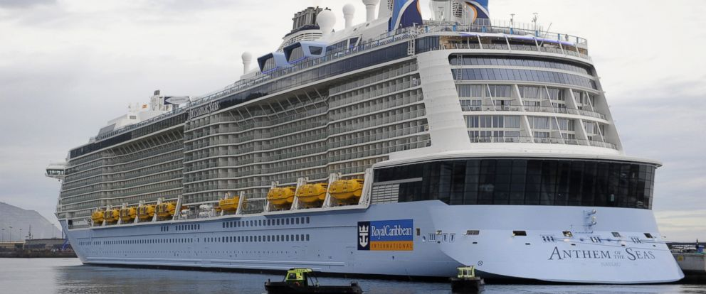 PHOTO: The Royal Caribbeans cruise liner Anthem Of The Seas, the third largest ship in the world, is moored at the port of Bilbao during its maiden voyage, on April 26, 2015.