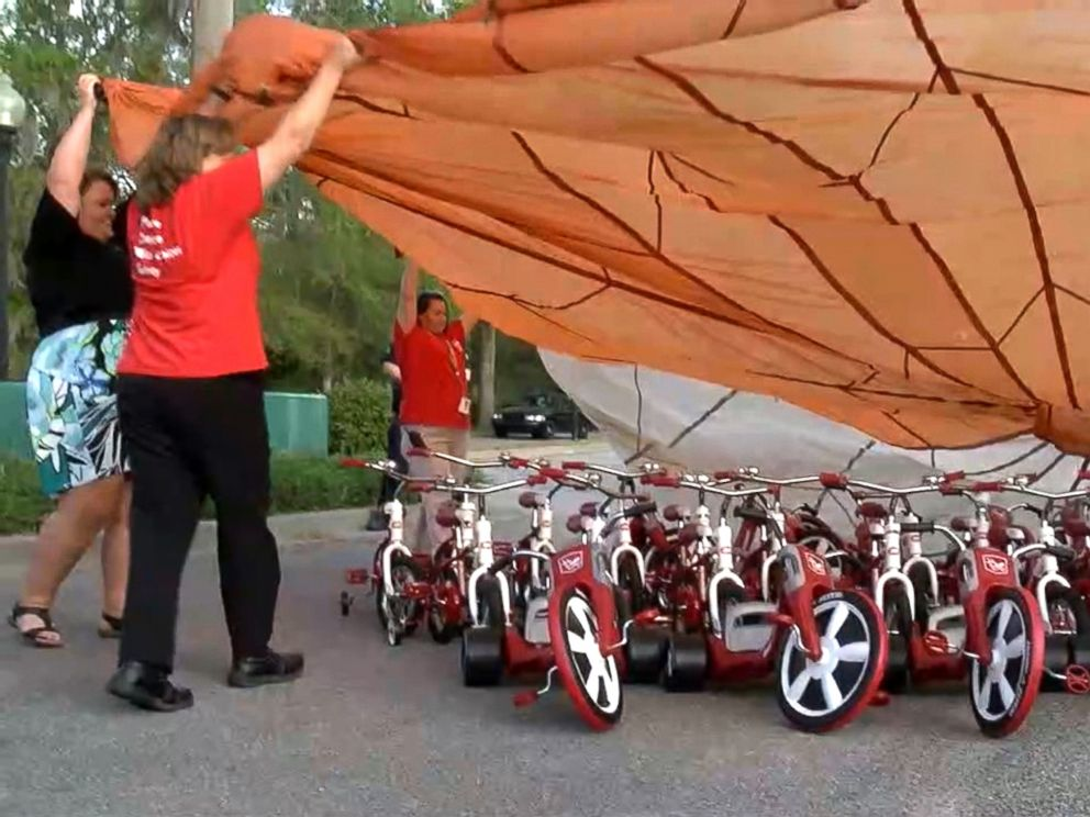 PHOTO: First-grade teacher Katie Blomquist spearheaded a campaign that helped raise more than $80,000 for bikes for all of the 550 students at Pepperhill Elementary School.