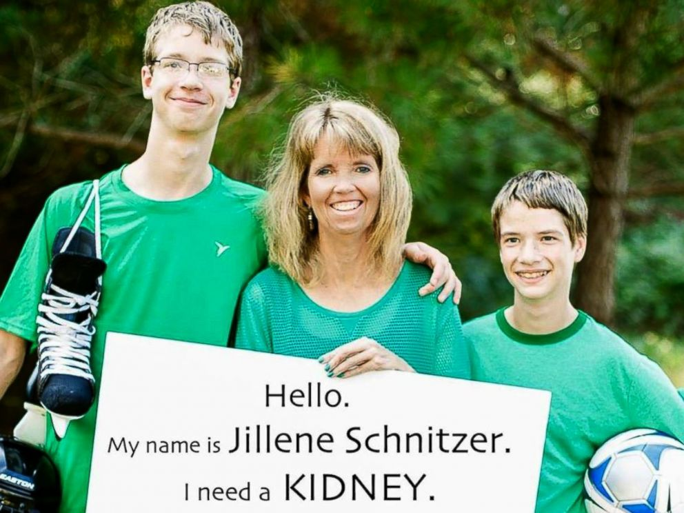 PHOTO: Kristi Callaway uses social media as a way to connect those in need of a kidney with donors from across the U.S.