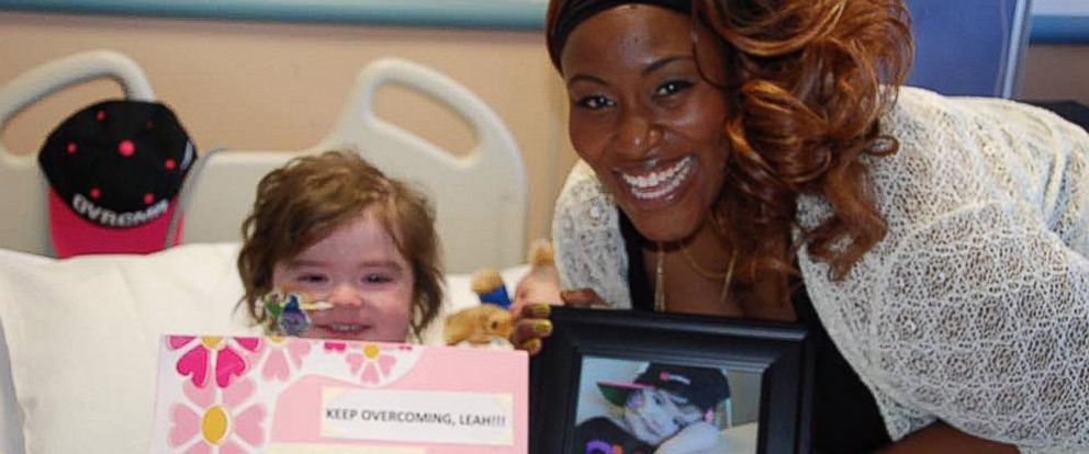 PHOTO: Leah Carroll, 4, was visited at UCSF Benioff Childrens Hospital Oakland in California by Grammy singer Mandisa.