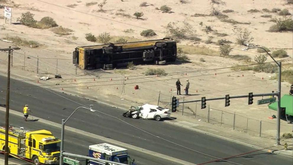 16 children in hospital after school bus crash in las for Chicago motor cars las vegas nv