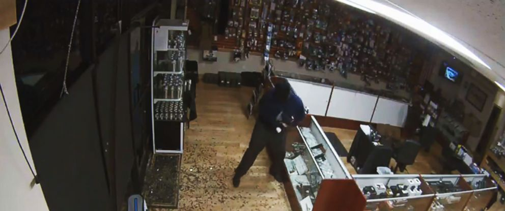 PHOTO: Four firearms were stolen during a smash and grab at this Georgetown, Texas gun store in the early morning hours of May 9, 2016.