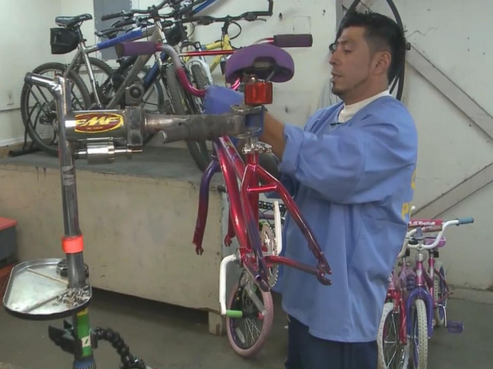 PHOTO: Mauricio Argueta, an inmate at Folsom State Prison in California, has fixed more than 200 bicycles to gift to children and adults in need for Christmas 2016.