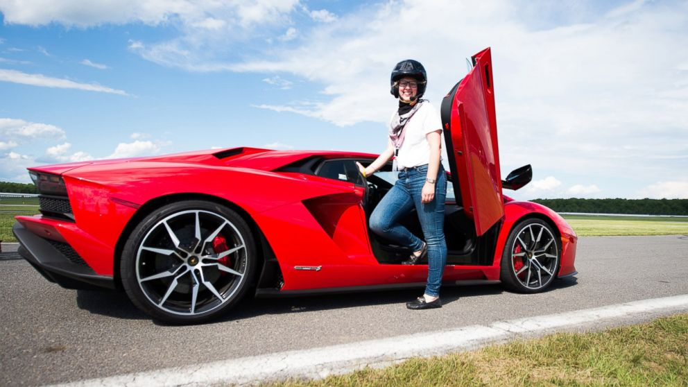 Lamborghini S New Aventador S Sets Drivers Back 421k But Cupholders Still Extra Abc News