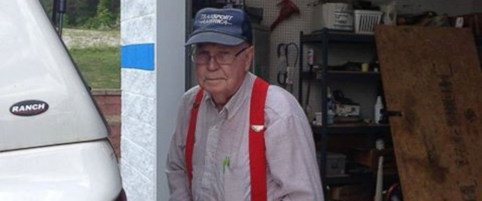 PHOTO: Johnny Jennings, of Ringgold, Georgia, has donated around $400,000 to a local charity using money he receives from recycling.