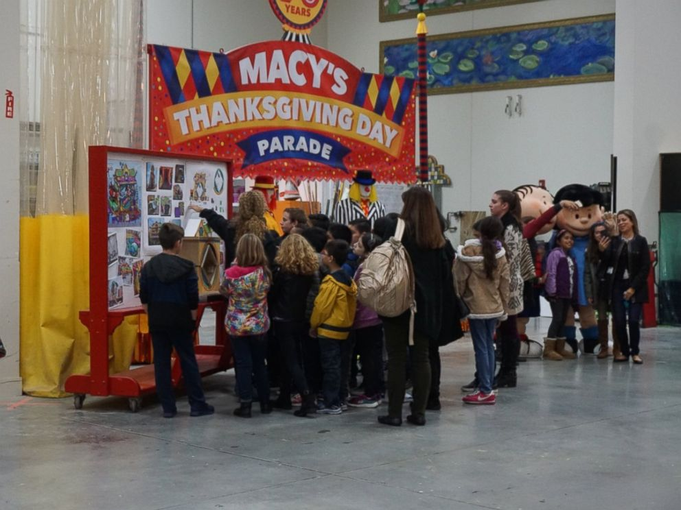 PHOTO: Third grade students touring the Macys Parade Studio in Moonachie, New Jersey, Nov. 16, 2016.