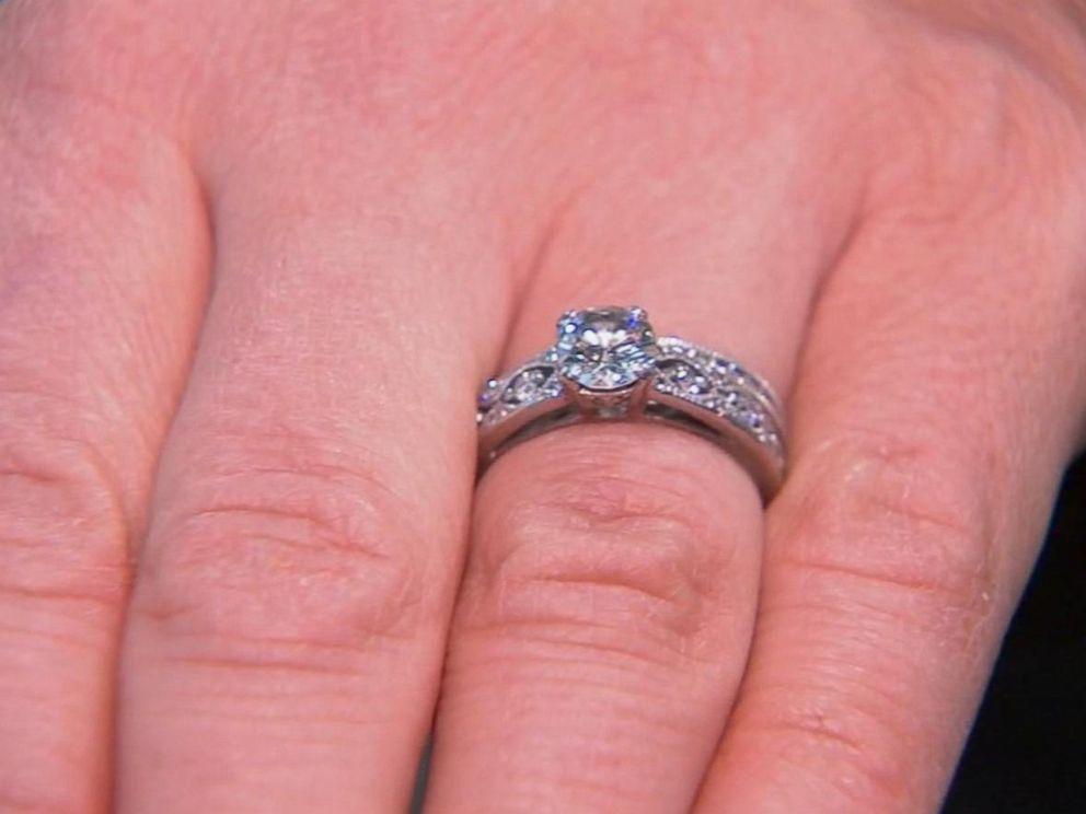 New York City sanitation workers retrieve a womans wedding rings