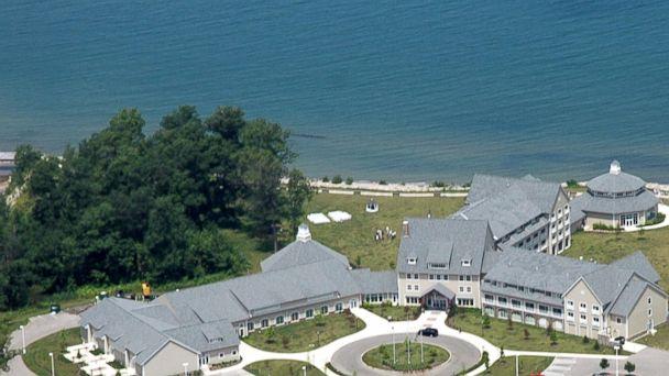 PHOTO: Lodge at Geneva-on-the-Lake, Ohio