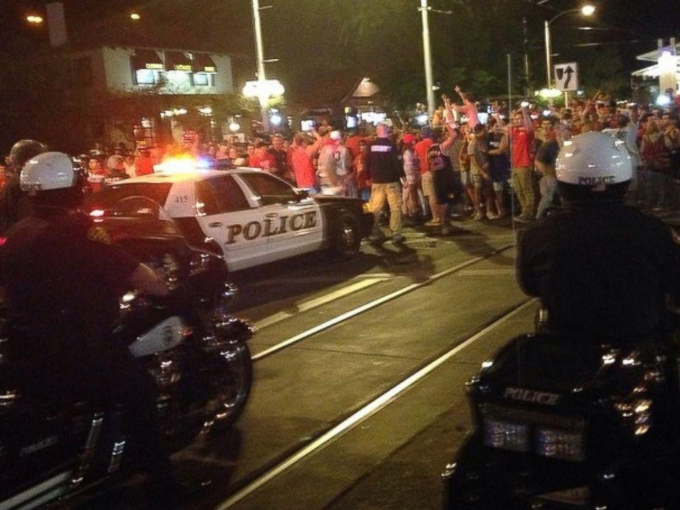 PHOTO: UA fans riot on University Blvd.