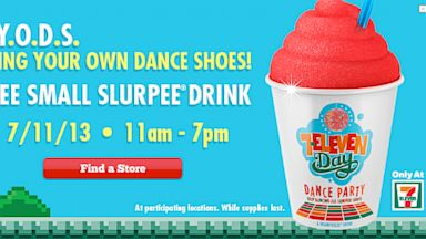 PHOTO: 7 Eleven stores are giving away free slurpee drinks, July 11, 2013.