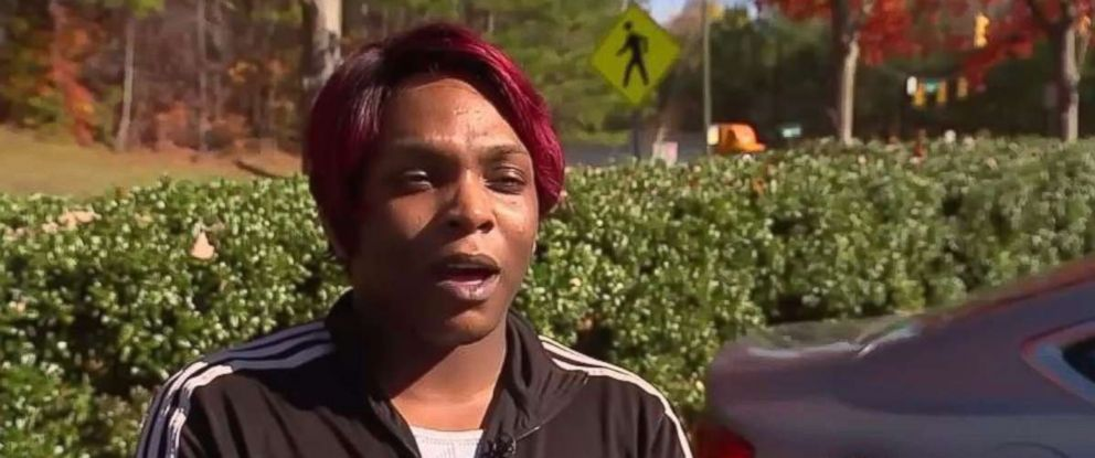 Former Circle K employee Juwan Harris says she hit an alleged robber in the head and held him until police arrived.