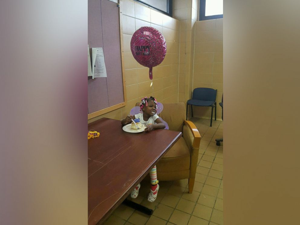 PHOTO: Carrie Williams, 4, had her birthday wish come true when the Cleveland Police Department threw her a birthday party on March 8, 2016.