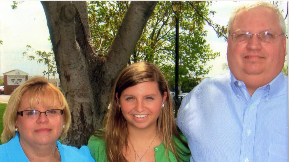 Eric Boyles (right) lost his wife Hollie Boyles (left) and daughter Shelby Boyles (center) in a car accident.