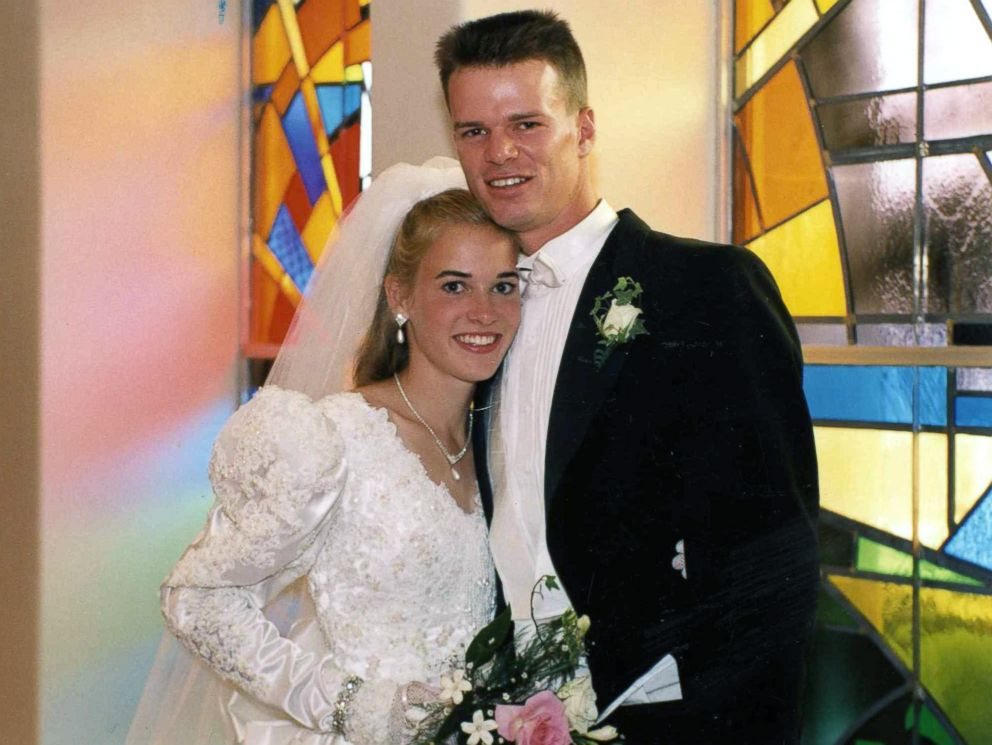 PHOTO: Suzy Favor Hamilton and Mark Hamilton were married a week after they graduated from University of Wisconsin-Madison.