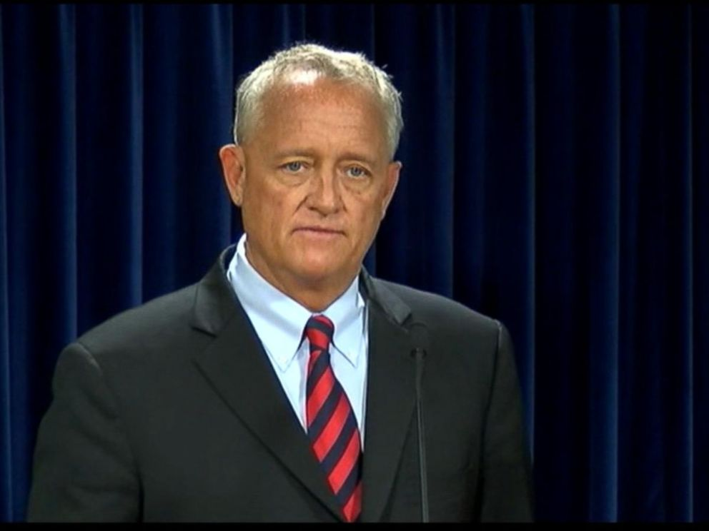 PHOTO: Hamilton County prosecutor, Joseph Deters, at a press conference , July 29, 2015, informing the public that the police officer who killed a man in Cincinnati during a traffic stop will be charged with murder.
