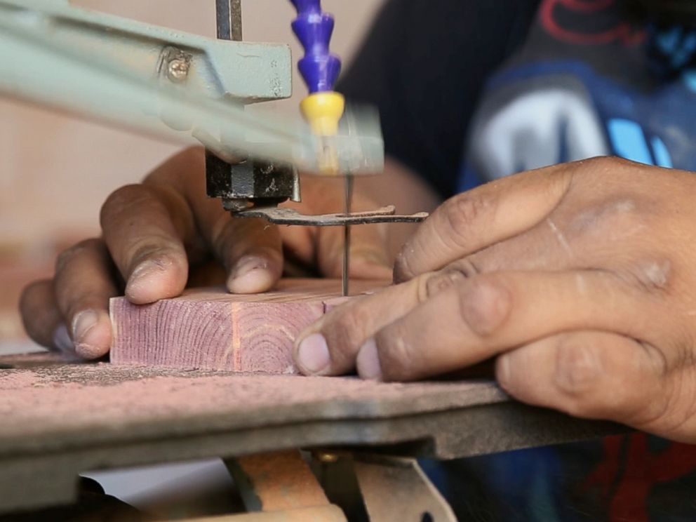 Kansas Wood-Working Shop Offers Second Chance to Felons, Recovering