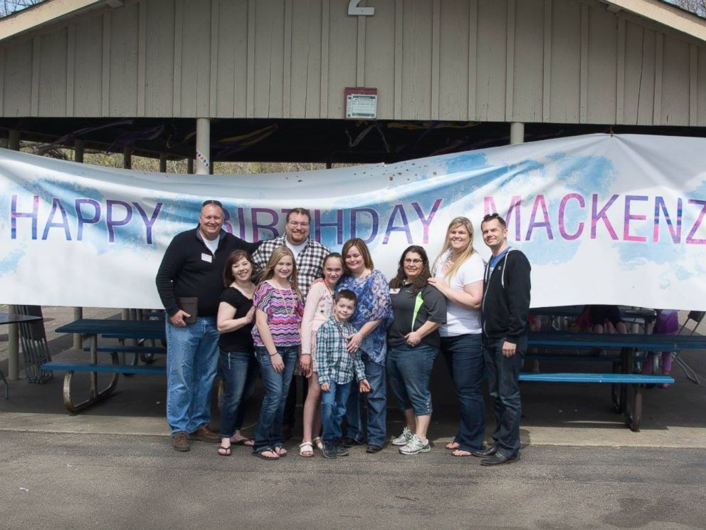 PHOTO: Hundreds of people from the Shakopee, Minn., community turned up for Mackenzie Moretters birthday party on April 18, 2015.
