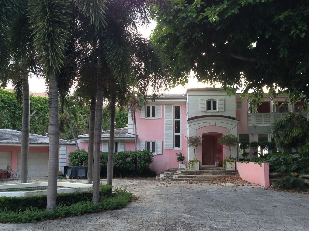 PHOTO: Pablo Escobar originally bought the Miami Beach home on North Bay Road in his own name, as seen on the deed signed in 1982.