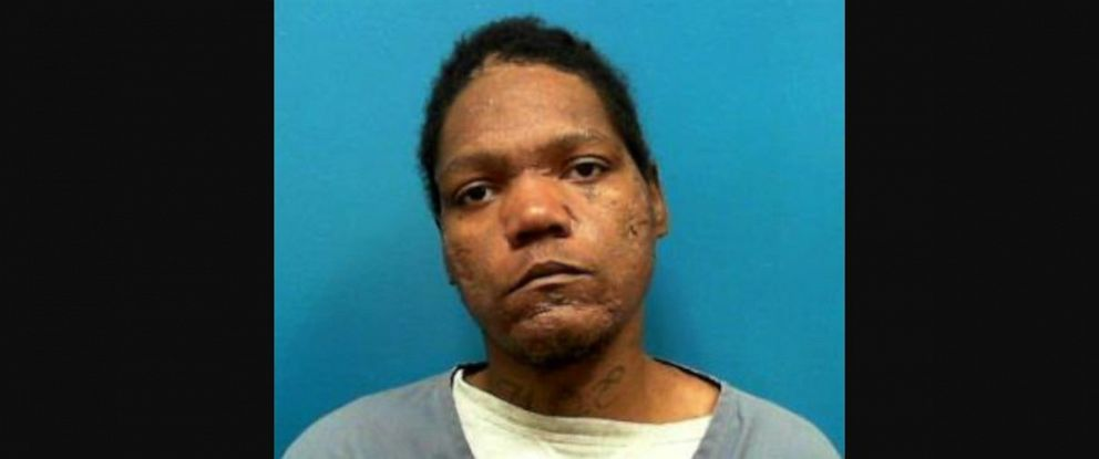 PHOTO: Police said Lamar Thurman, 29, stole a car with a 6-year-old boy in the back seat.