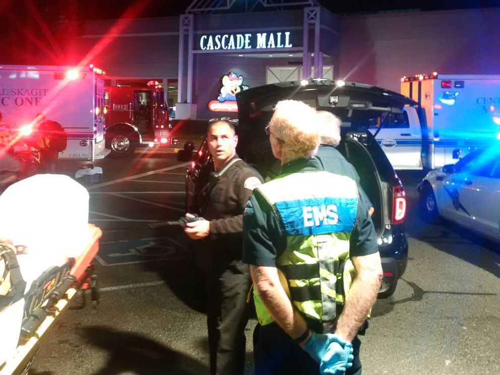 PHOTO: Four people are dead following a shooting Friday, Sept. 23, 2016, at Cascade Mall in Burlington, Washington, authorities said.