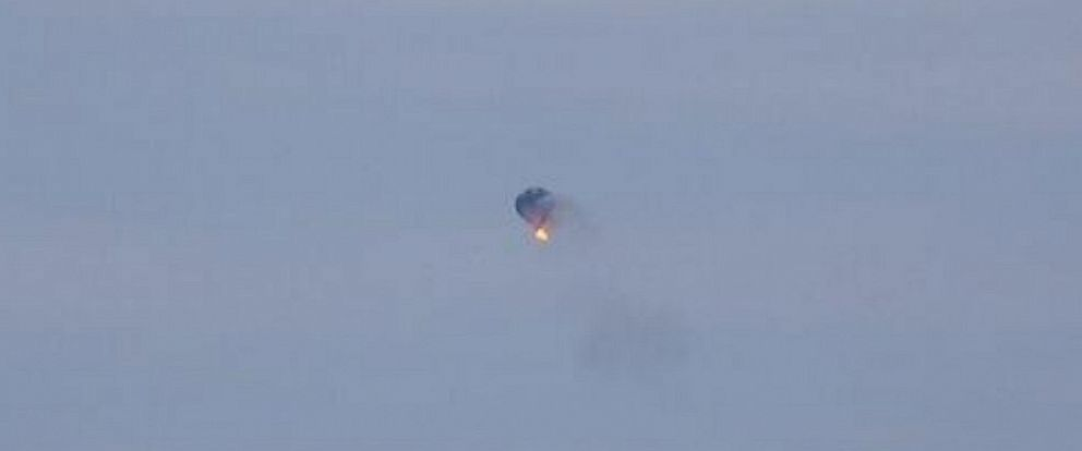 PHOTO: Jim Cox took this photo of a hot air balloon accident in Virginia on Friday, April 9, 2014.