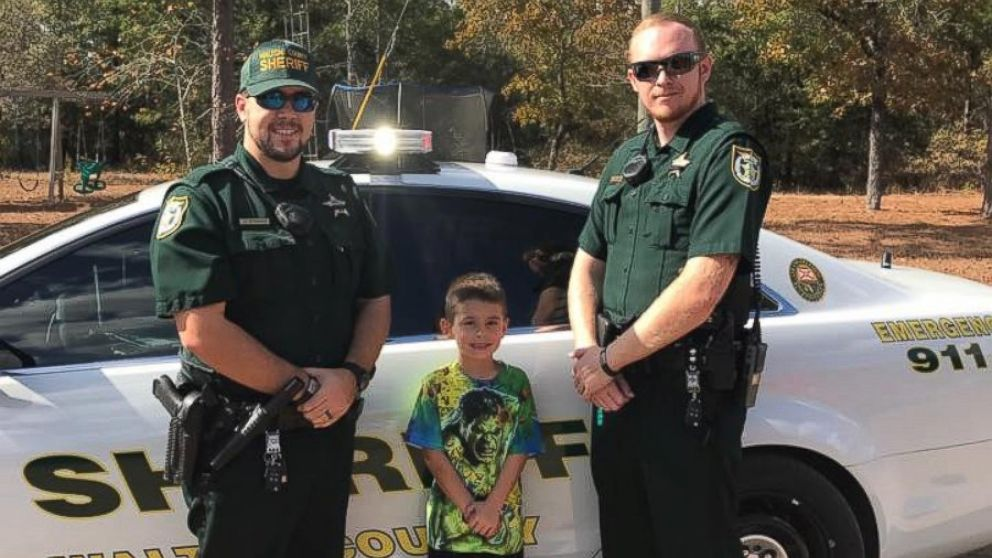 Florida Boy Calls 911 to Invite Police Officers to ...