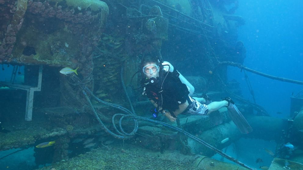 """Cousteau will lead a team of """"aquanauts"""" as they live underwater for a month."""