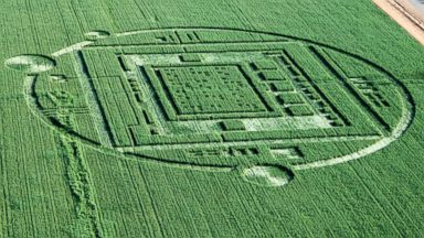 PHOTO: Aerial images show bizarre markings in a field in Salinas, Calif., Dec. 31, 2013.