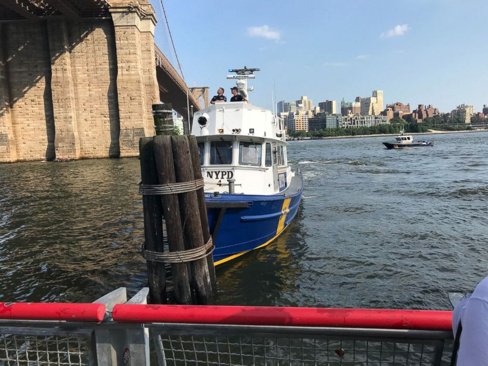 PHOTO: A baby boy was pronounced dead on Sunday after tourists found him floating in New Yorks East River.  Police believe they located mother of baby found dead in New York river HT dead baby 180806KA hpMain 4x3 992