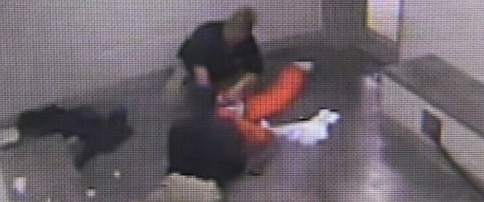 PHOTO: An Oklahoma grand jury did not hand down an indictment but did recommend improvements after reviewing a deadly jail cell confrontation between an inmate and jailers that was caught on video.