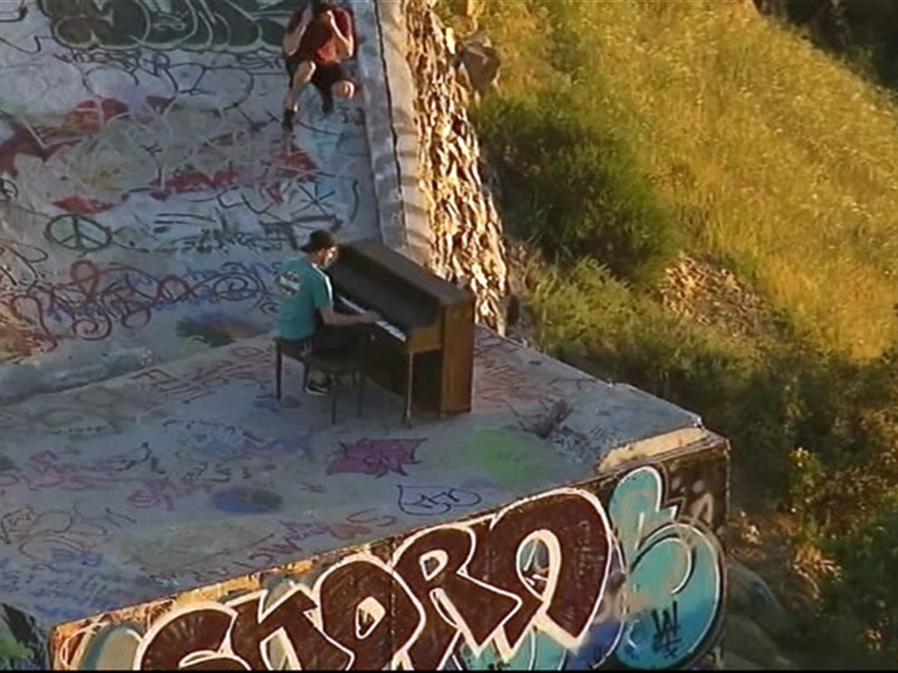PHOTO: No one knows why or how an upright piano came to be placed at the Topanga Lookout in the Santa Monica Mountains National Recreation Area.