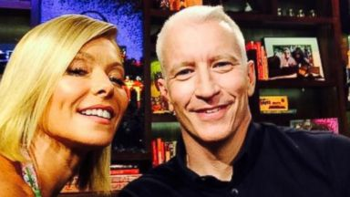 """PHOTO: Kelly Ripa posted this photo on Twitter with this caption: """"Us now! @andersoncooper,"""" July 15, 2014."""