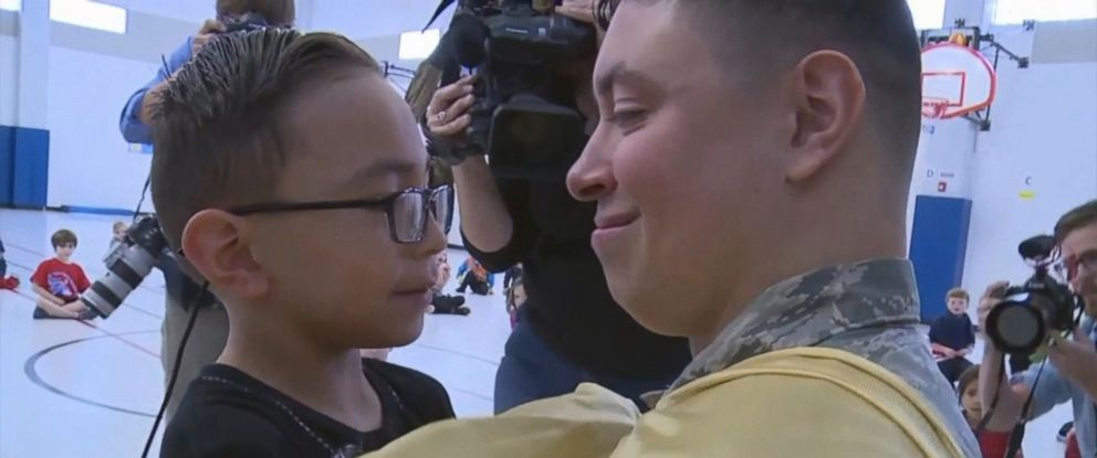 PHOTO: U.S. Air Force Senior Airman Armando Del Valle surprised his 6-year-old son Christian during gym class after a yearlong deployment.