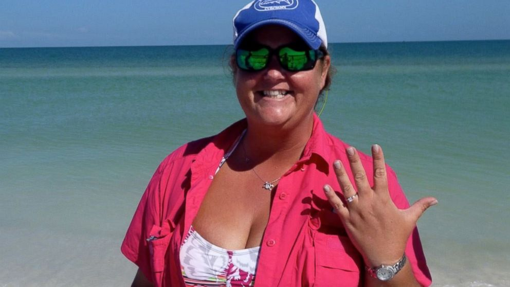 Metal Detecting Club Saves The Day Finds Florida Brides