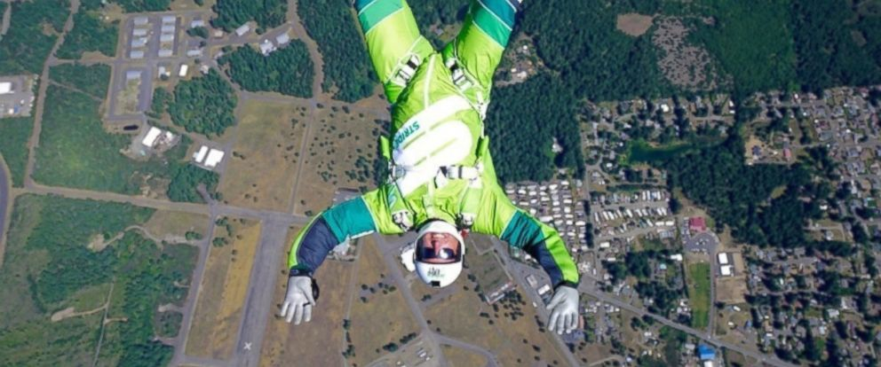 PHOTO: Luke Aikins trains for historic 25,000 foot jump without a parachute or wing suit in Simi Valley, California.