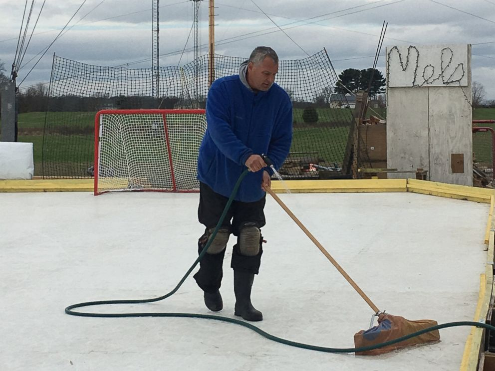 PHOTO:Maryland Resident Marc Kohn Maintains His Hockey Rink On January 1  2016 That He