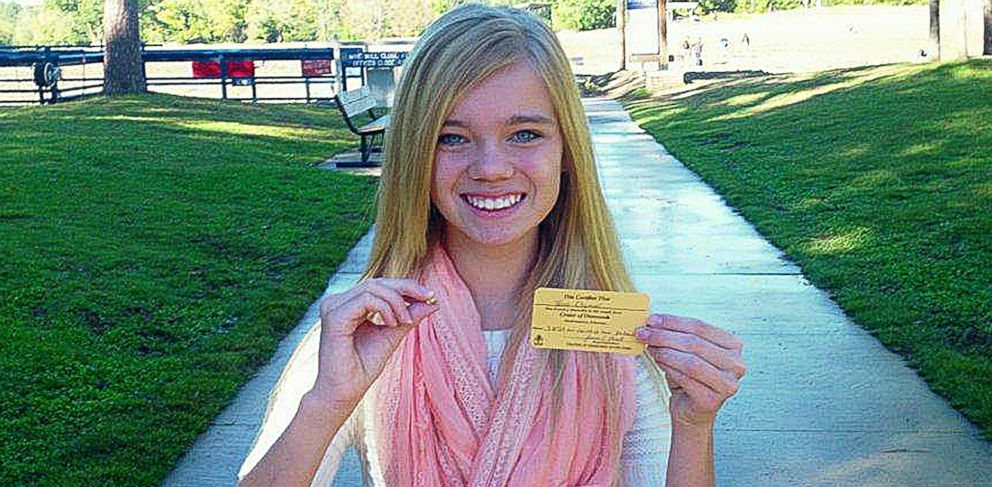 PHOTO: Tana Clymer, 14, of Oklahoma City, Okla., found a 3.85-carat canary diamond at Arkansas Crater of Diamonds State Park on Oct. 19, 2013.