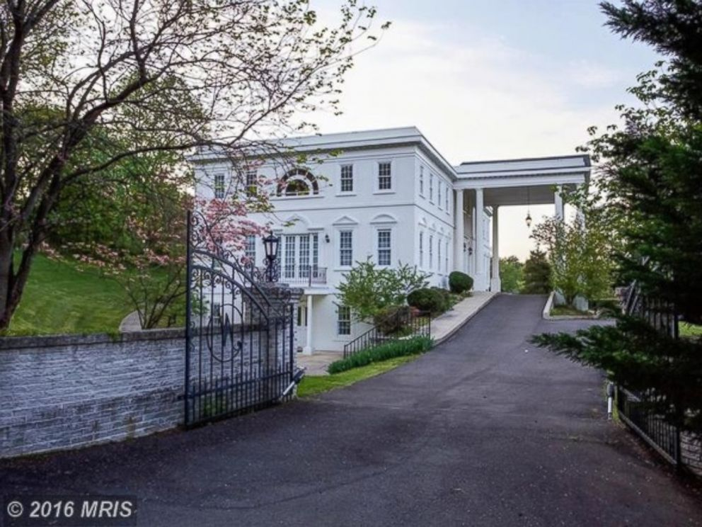 PHOTO: The Towlston Road Home Boasts 14,000 Square Feet, 6 Bedrooms, And 7