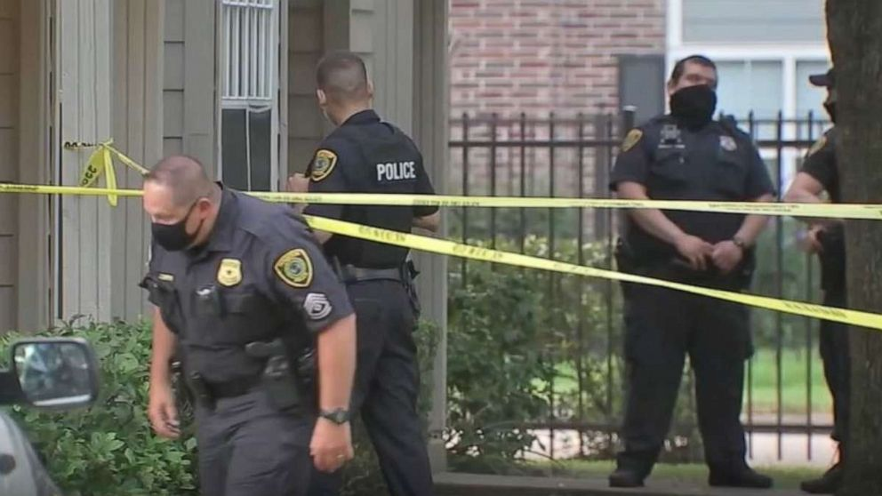 PHOTO: A man has surrendered to police after allegedly kicking down the door to his ex-girlfriend's house and shooting her to death while she lay with her 4-year-old daughter at a home in Houston at approximately 4:20 a.m. on July 17.