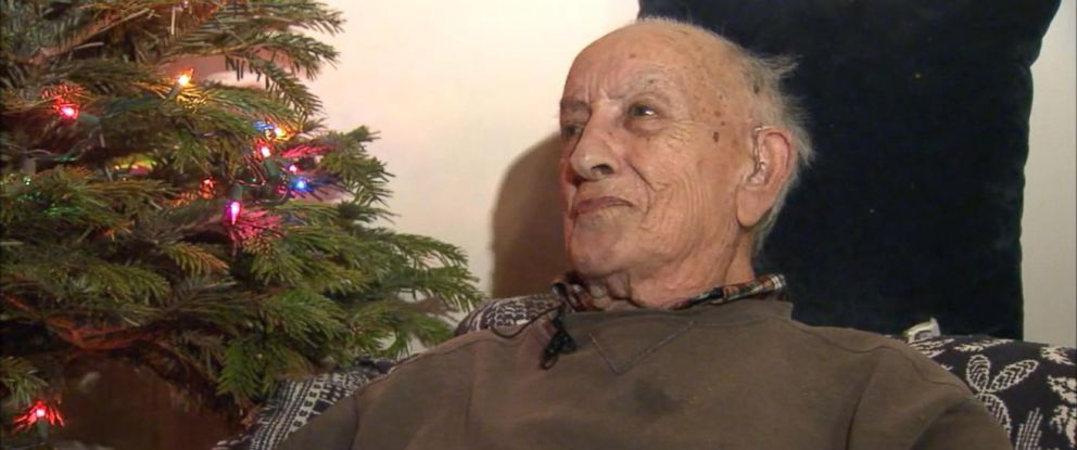 PHOTO: Los Angeles Police Department officers surprised 94-year-old World War II veteran Herman Perry with a Christmas tree, lights and presents on Dec. 21, 2015.