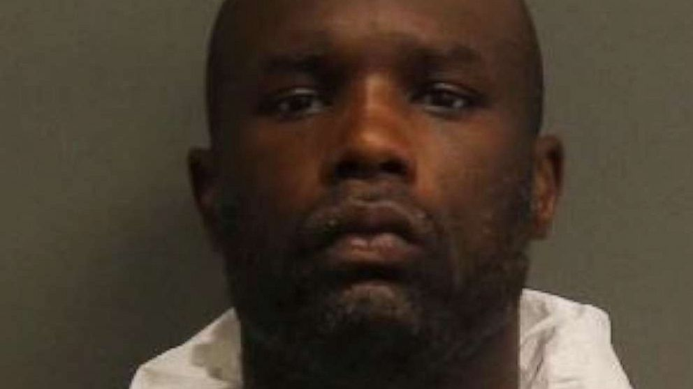 Man slashes married couple with machete, says he was angry over coronavirus lockdown thumbnail