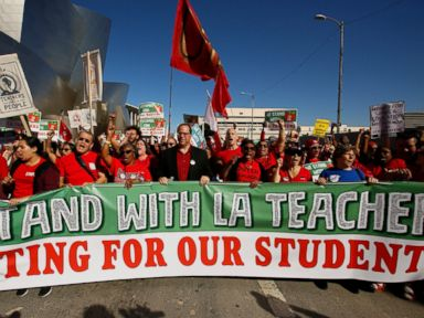 Teachers in Los Angeles set to strike as negotiations stall