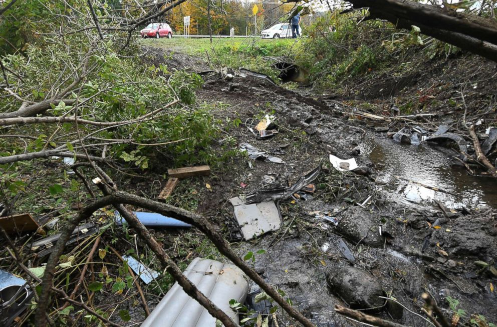 PHOTO: Debris scatters an area Sunday, Oct. 7, 2018, at the site of yesterdays fatal crash Schoharie, N.Y.