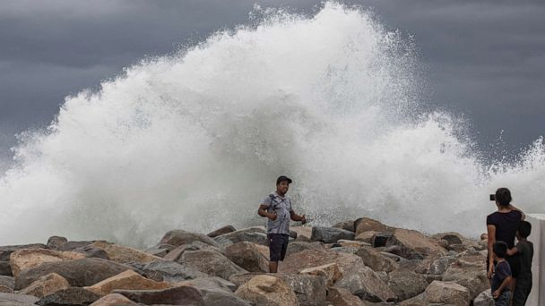 Flash floods threaten Central U.S. as tropical systems develop in Atlantic and Pacific