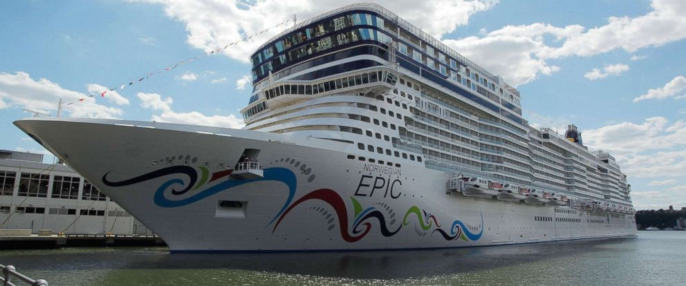 PHOTO: The Norwegian Epic cruise ship at Pier 88 on July 2, 2010 in New York City.